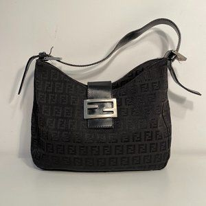 FENDI BLACK CANVAS/LEATHER LOGO BAG